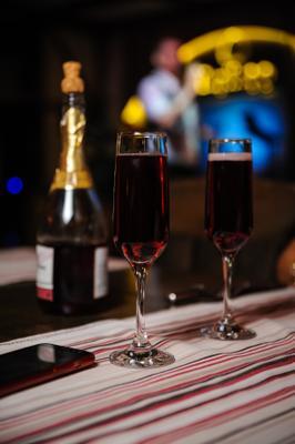 Шампанское шампанское бокал стол кафе ресторан