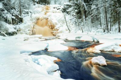 Юканкоски зимой. Карелия. Теплая тональность Юканкоски Карелия водопад зима