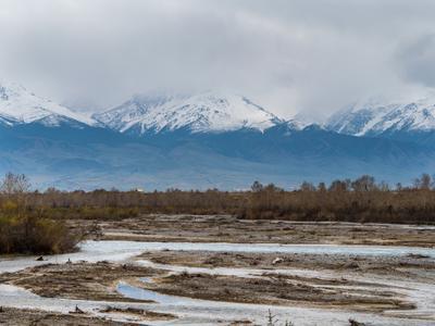 Киргизия. Тянь Шань. киргизия горы снег снежники тянь шань пейзаж