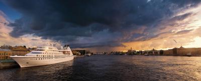 *** санкт-петербург закат нева панорама грозовое небо корабль лайнер город россия