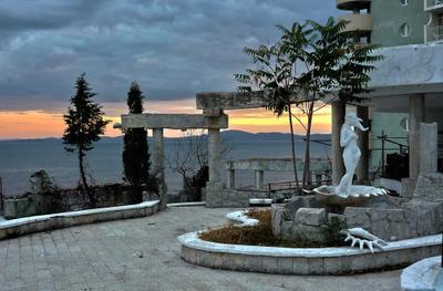 Грусть по прошлому Поморие Болгария закат вечер