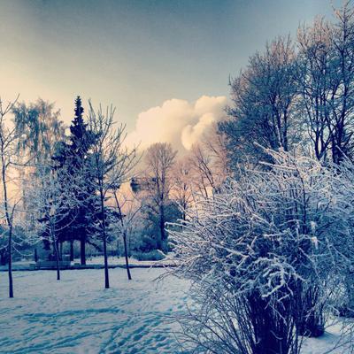 Снежно.