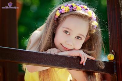 Милашка девочка лето портрет