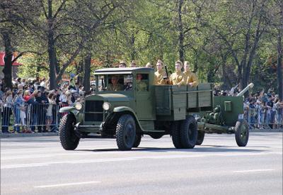 ЗИС-5 9 мая день Победы ЗиС-5 с пушкой