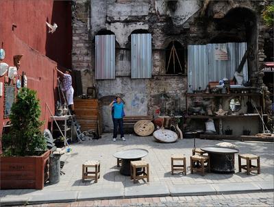 В поисках лучшего предложения Стамбул Балат античности развалины пустая посиделка