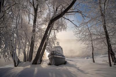 *** морозное утро на реке