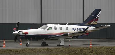 SOCATA TBM-700 в ожидании полёта aircraft SOCATA TBM 700 businessjet Daher