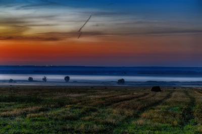 *** рассвет туманное утро степь