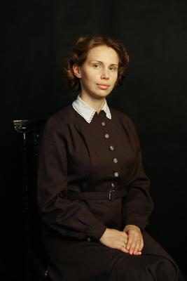Юная бестужевка исторический портрет история костюм прическа
