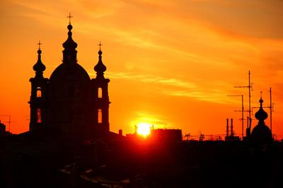 Смольный собор Питер Санкт-Петербург лето восход солнце крыши Смольный антены
