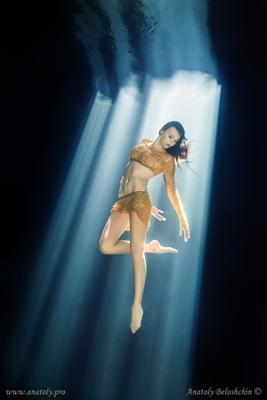 Calaveras (подводное фото) Cenote Calaveras Underwater models Anatoly Beloshchin