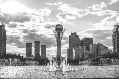 Астана. Байтерек. астана казахстан байтерек чб kazakhstan astana baiterek bw