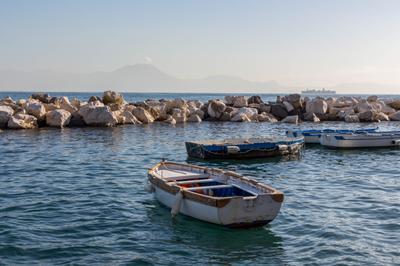 *** Италия Неаполь море лодки