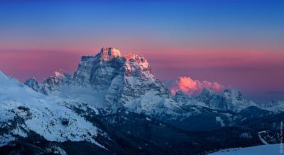 Вечерний взор на Monte Pelmo(3.168m) альпы доломиты италия венето корвара пелмо пейзаж природа горы закат пики