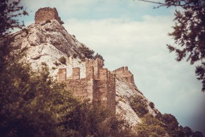 *** Крепость горы природа развалины