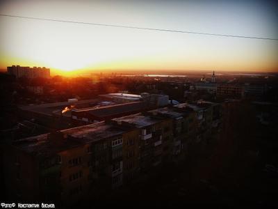 Власть солнца. россия ростов ростов-на-дону солнце рассвет город западный река мост церковь новый день дома небо