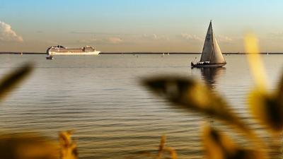Парк 300-летия Санкт-Петербурга Парк300летия СанктПетербург залив парус корабль