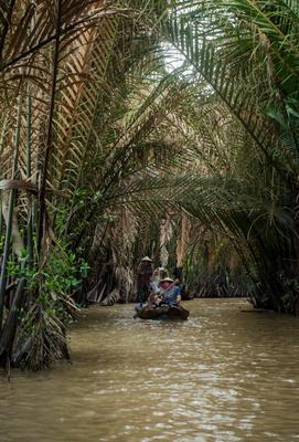 Меконг(Вьетнам) Вьетнам река Меконг путешествие азия азиатки женщины лодки гондолы тропики экзотика весло туристы пальмы
