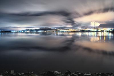 *** мурманск вечер ночь зима море залив север небо облака свет движение отражение