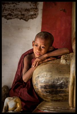 *** бирма мьянма монах буддизм будда