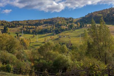 В румынских Карпатах горы Карпаты осень