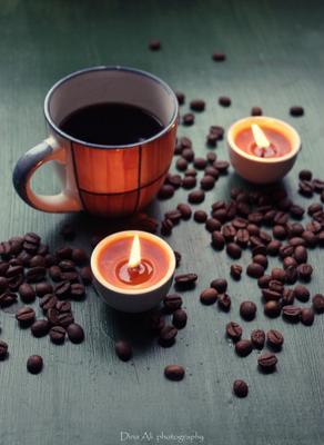 *** кофе чашка свеча кофейные зерна вечер романтика