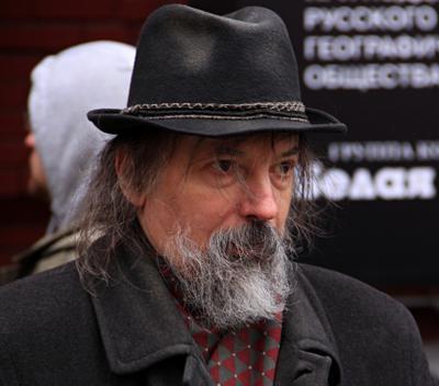 Старики люди лица город прохожие уличный портрет стрит мужчины
