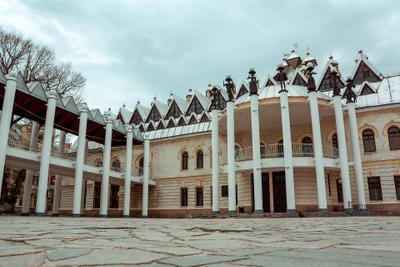 The castle of the chess Queen theater chess architecture square fairy tale театр шахматы архитектура площадь сказка