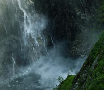 Силища... водопад горы Норвегия Вёрингфосс Хардангер ущелье