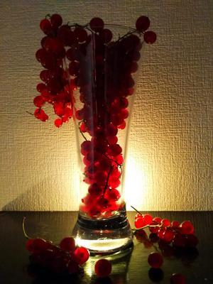 Букет для мамы. ягоды ваза