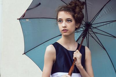 Весна и весеннее настроение весна модель девушка зонт фото макияж