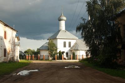 В Ростове Великом