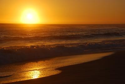 Там, где влюбленные встречаются... закат, океан, волны, тихий