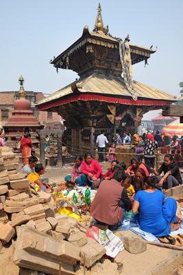 Буддийский праздник Непал Катманду непалки-непальцы Сваямбунатх