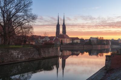 Рассвет на Одре. Польша Одра Вроцлав город рассвет собор святого Иоанна Крестителя река