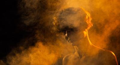 Дым Дым девушка портрет цвет освещение