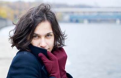 Аня. *** Осень *** Холодный ветер, Набережные Москвы, Аня, прогулка