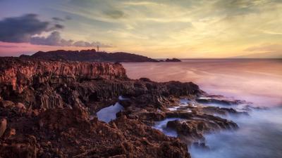Золотой час на мысе Теней Испания Тенерифе Тено мыс маяк океан закат выдержка