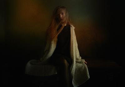 Юность портрет девушка арт-фото улица