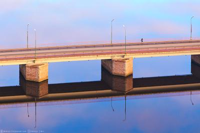 Над водой мост, вода, пустота, Выборг, река, дорога