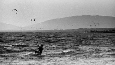 *** море серфер черногория пленка пейзаж ilford hp5 film
