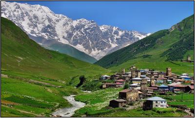 У подножия белых гор ... Кавказ