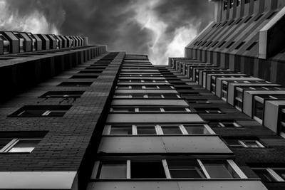 Гнетущий город город монохром чб гнетущий