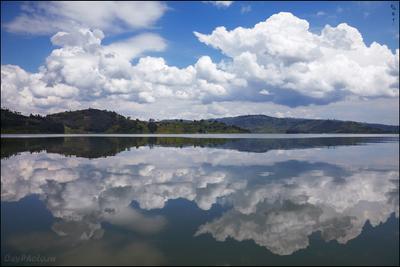 Просто облака, просто озеро, просто Африка... Africa Bunyonyi lake Uganda Африка Буньони озеро Уганда