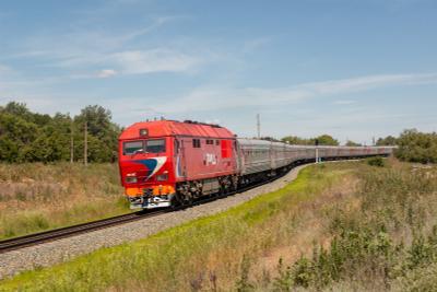 Тепловоз ТЭП70БС-044 Железная дорога тепловоз поезд ТЭП70 Бартеневка Саратовская область красный