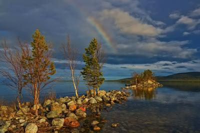 Весна Мурманская область вечер озеро весна север радуга