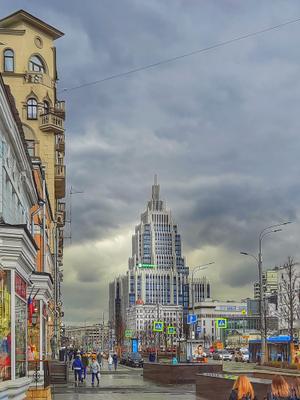 Так себе погодка. город архитектура