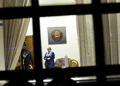 Перед пикетом консульства Белоруссии