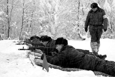 *** армия оружие солдаты стрельбы