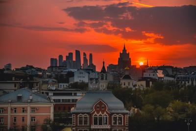 Яркий закат в Москве Москва урбан индастриал moscow закат sunset